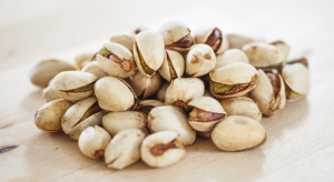 pistachios-cholesterol-orig-master-1